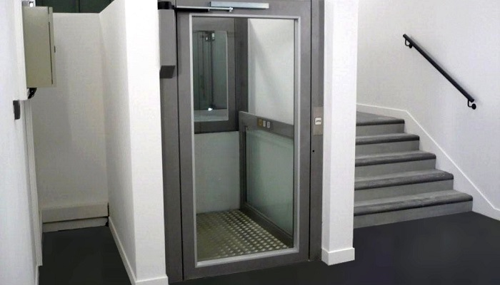 Ascenseur pour les handicapés